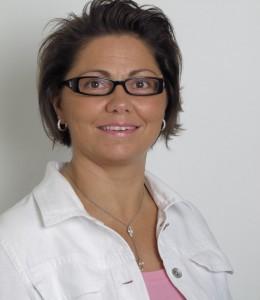 """Elvira HACHE, 4ème adjointe au maire """"Communication"""""""